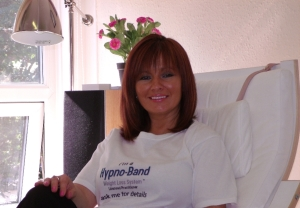 clinical-Hypnotherapy-practitioner-in-wolverhampton-joan-lee